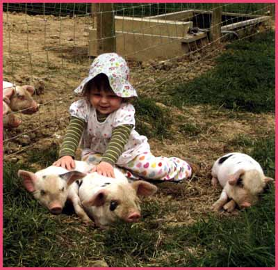 children-with-animals (1)